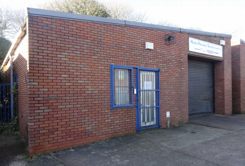 FREEHOLD INDUSTRIAL UNIT FOR SALE THROUGH SELLERS FOR £120,000