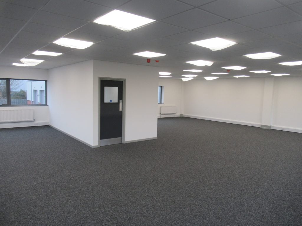 BUILDING CONSULTANTS COMPLETE FURTHER REFURBISHMENT WORKS AT COVENTRY INDUSTRIAL ESTATE